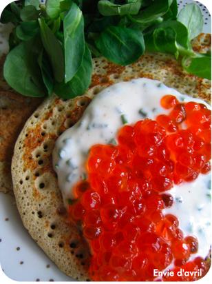 Blinis_caviar_2
